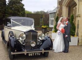 Vintage 1930s Rolls Royce for weddings in Basingstoke